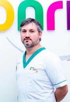 Dr. Ricardo Muñoz